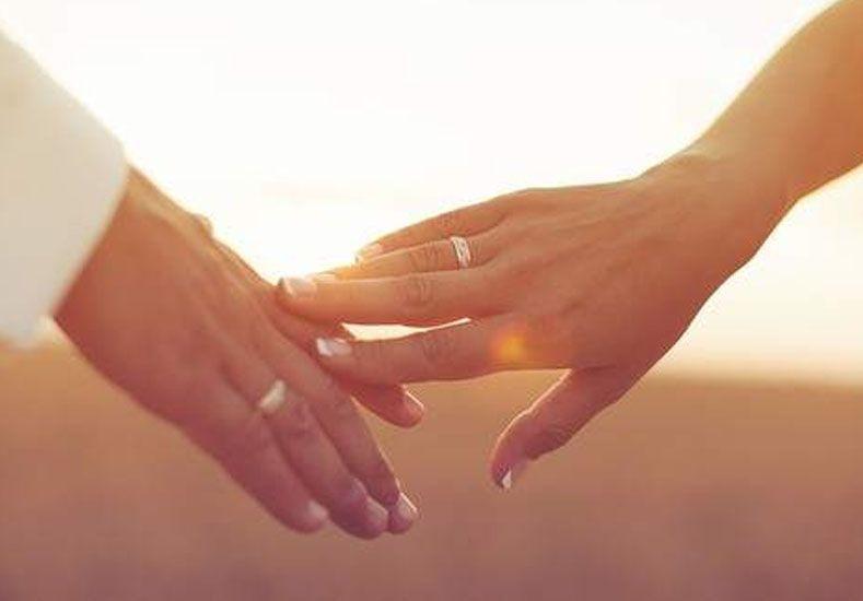 Vivir en pareja mejora la salud y el divorcio eleva el riesgo de enfermedad