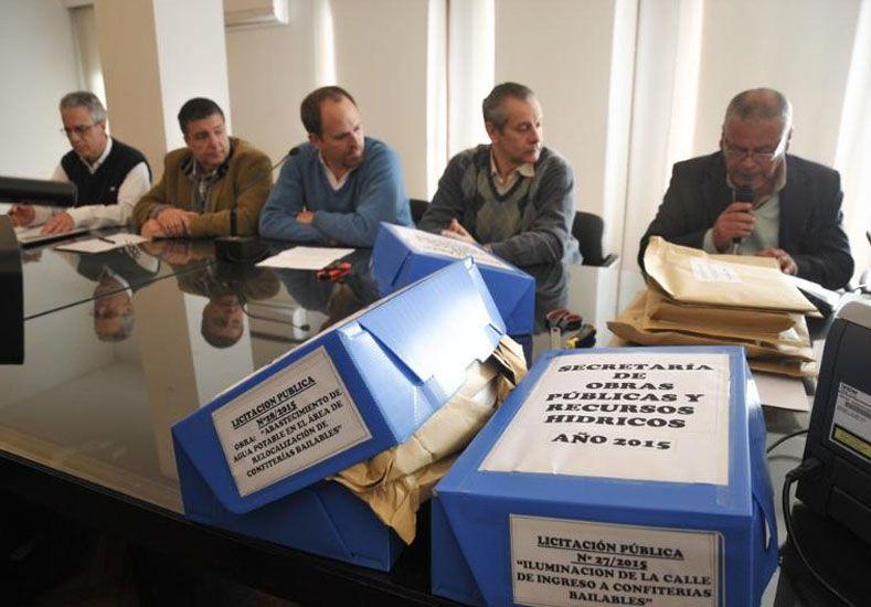 Nueve ofertas para trabajos de agua, cloacas e iluminación en la relocalización de los boliches