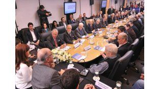 Jorge Hoffmann participó de la reunión del Consejo del Salario