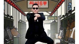 Psy conducía su auto desde el aeropuerto hacia la ciudad de Hangzhou cuando se impactó con la parte trasera de un colectivo.