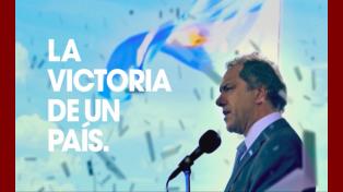 La Victoria de un País, el primer spot de campaña de Daniel Scioli