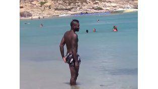 Video: si la mujer lo deja solo a Cissé, pasa esto…