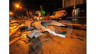 Explotó un caño en Bulevard y Francia y los vecinos casi se inundan con desagüe cloacal