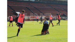 Pablo Vegetti será titular por primera vez en el equipo sabalero.