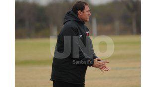 Darío Franco introducirá variantes en el equipo titular para recibir el sábado a Lanús en el estadio Brigadier López.Foto: UNO/José Busiemi