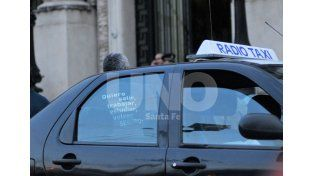 Los taxistas se manifestaron el lunes pidiendo seguridad./ Mauricio Centurión.