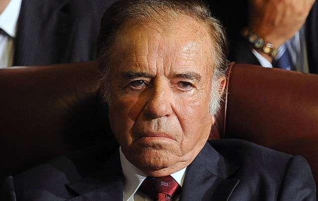 Menem gobernaba el país cuando se produjo el atentado que provocó la muerte de 85 personas.