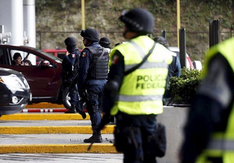 Buscan al Chapo Guzmán fuertemente armados y hasta con un tanque de guerra