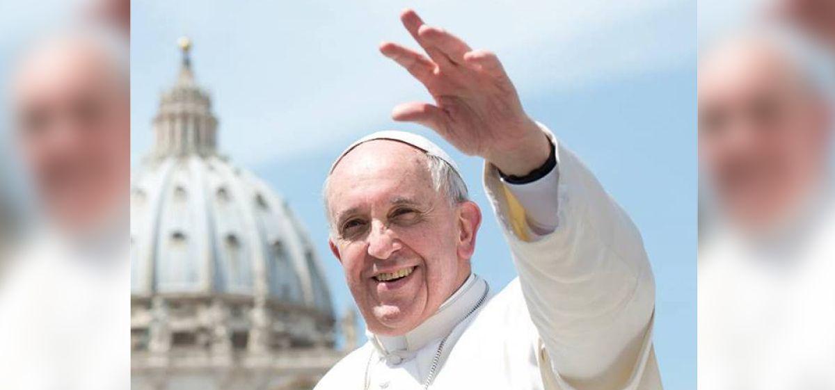 La extraña y mística foto del Papa Francisco en su visita a Paraguay: la palabra de un especialista