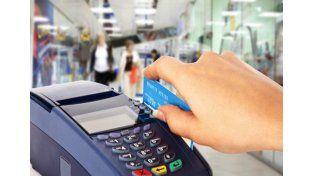 Es constitucional la obligatoriedad de aceptar el pago con tarjetas de débito