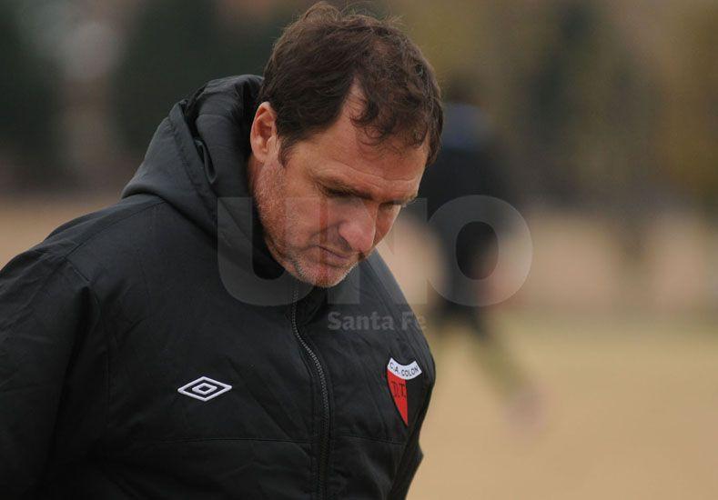 Franco no anduvo con vueltas y expuso que el Rojinegro debió llevarse los tres puntos. Foto: José Busiemi /  Diario UNO Santa Fe