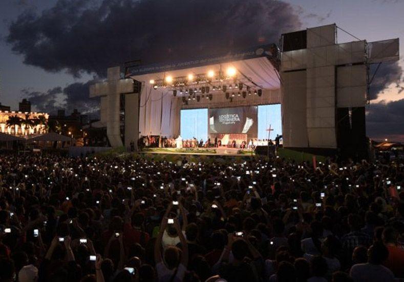 El Papa, a los jóvenes: Hagan lío, pero también ayuden a arreglar el lío que hacen