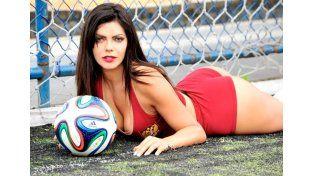 Hot y más hot la candidata a Miss Bumbum 2015