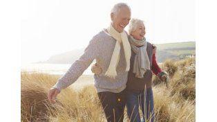 Descubren el motivo por el que las mujeres viven más tiempo que los hombres