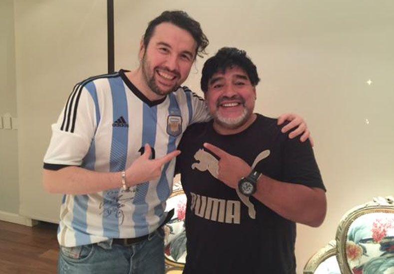 El encuentro entre Ergün Demir y Diego Armando Maradona