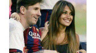 La mujer de Messi sigue internada en el Hospital Español y se espera que hoy le den el alta médica