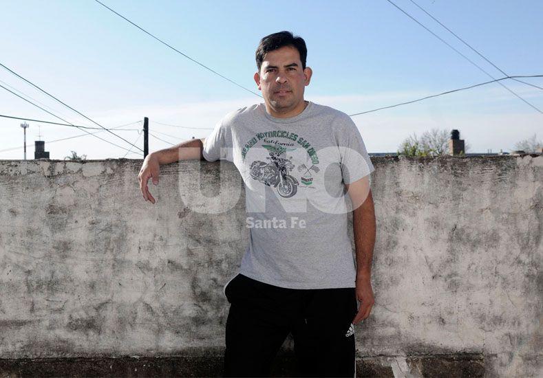 Gabriel Ibarra descansa en tranquilo en su hogar junto con su familia