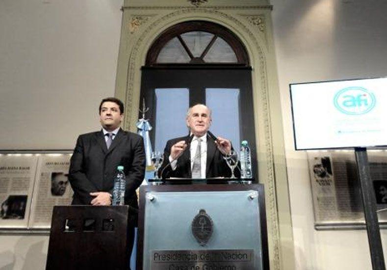 """Parrilli: El objetivo es cuidar, no espiar a los argentinos"""""""