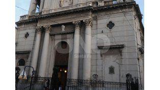 El edificio de la iglesia se inauguró el 6 de febrero de 1889