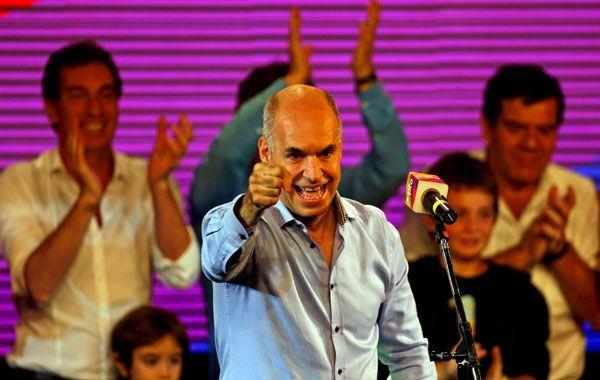 El candidato de Mauricio Macri ganaría por amplio margen y evitaría la segunda vuelta.