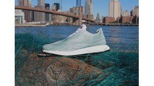 Geniales zapatillas hechas de... ¿basura?