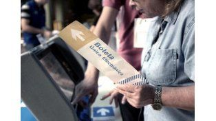 Observadores de la Defensoría del Pueblo verificarán el debut de la boleta electrónica
