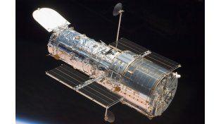 A 570 km de la Tierra el megatelescopio envía valiosa información.