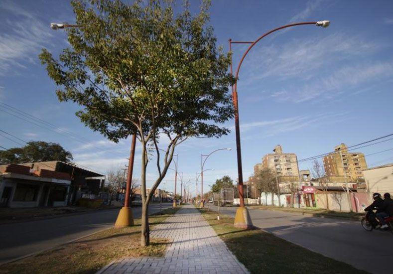 Con varios frentes de obra, el barrio Las Flores cambia la cara