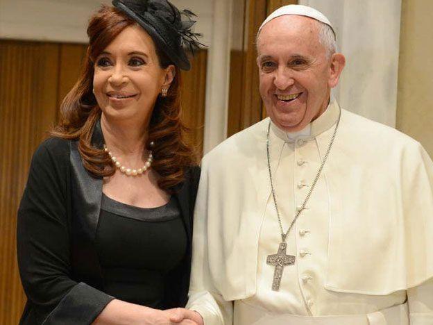 La Presidenta asistirá en Paraguay a una misa que dará Francisco en su gira