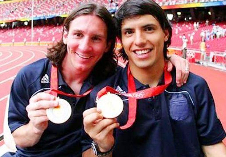 Se cumplen diez años de amistad entre Messi y el Kun