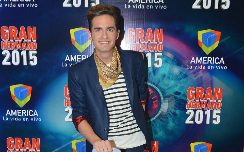 Solano Cano. Es de Catamarca y vive en Capital Federal. Es maquillador. Trabaja en una vinoteca.
