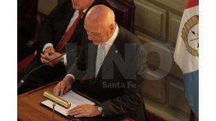 El gobernador Bonfatti irá a la Legislatura sin resultados finales de las internas