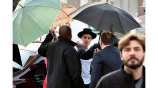 Justin Bieber fue notificado en Roma de la orden de arresto internacional