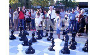 Helvecia ya tiene su juego de ajedrez gigante para su plaza