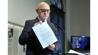 Timerman renunció a ser socio de la Amia y los acusó de obstruir la investigación