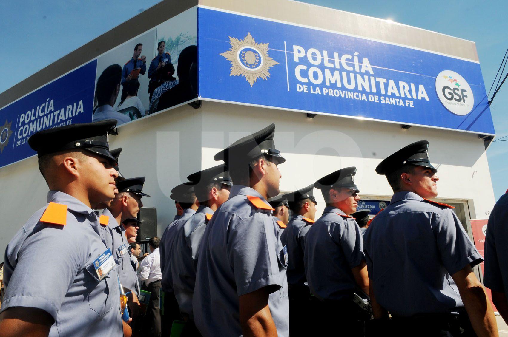 Barrio Centenario ya cuenta con Policía Comunitaria