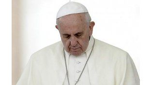 El Papa rezó en la plaza de San Pedro por las víctimas del terremoto en Nepal