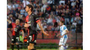 El representante de Lucas Alario desea que en junio el futbolista pueda emigrar al fútbol europeo. / José Busiemi.
