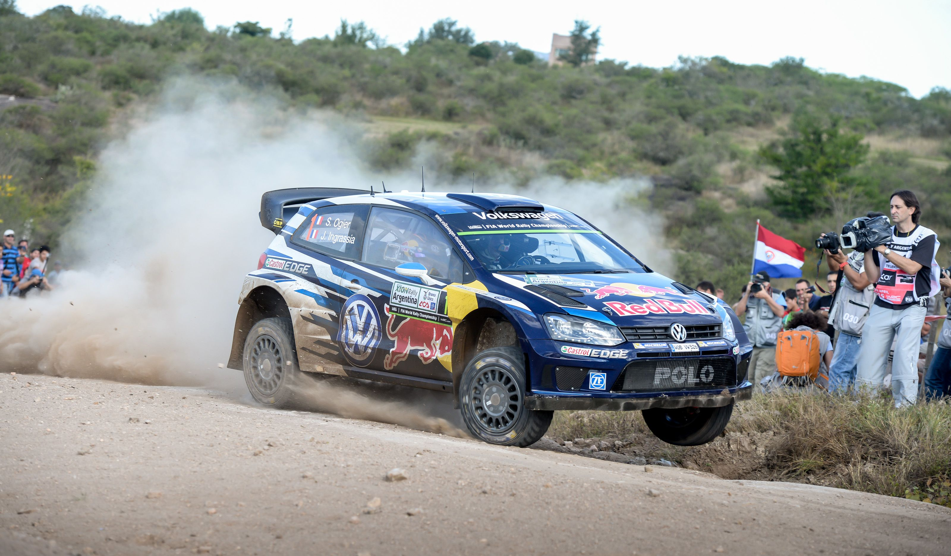Rally Argentino 2015: Mikkelsen gana el tramo y Ostberg se acerca a Meeke
