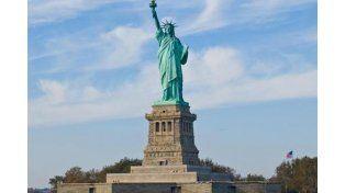 Evacuaron la Estatua de la Libertad tras hallar un paquete sospechoso