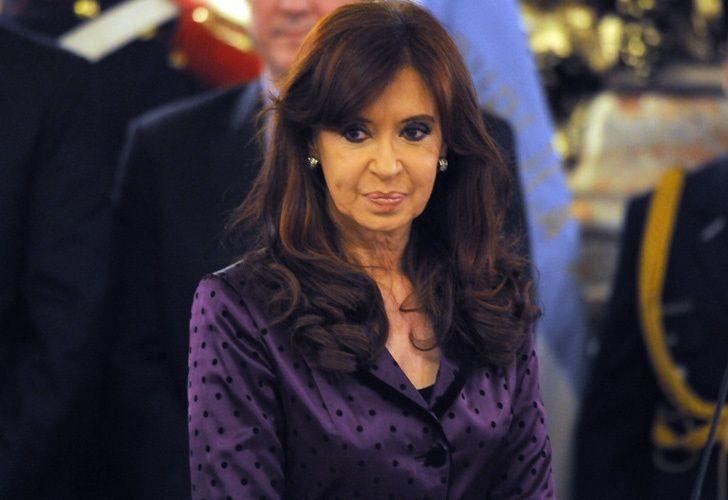 La Presidente monitorea la situación en la Patagonia por la nube de cenizas del volcán Calbuco