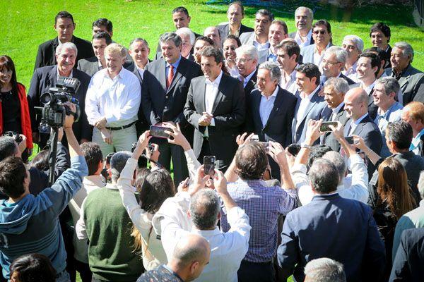 """Massa lanzó a Basualdo para gobernar San Juan: Los argentinos están llenos de ganas y de esperanza"""""""