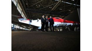 Honda presentó su nuevo y elegante avión