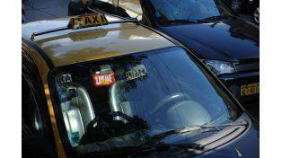 El taxista es boliviano y tiene 44 años.