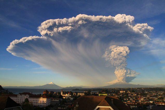 Descartan que las cenizas del volcán Calbuco lleguen a la región