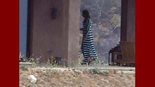 El padrastro de las Kardashian se viste como mujer