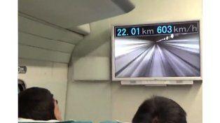 Tren japonés bate récord mundial al superar los 600 km/h