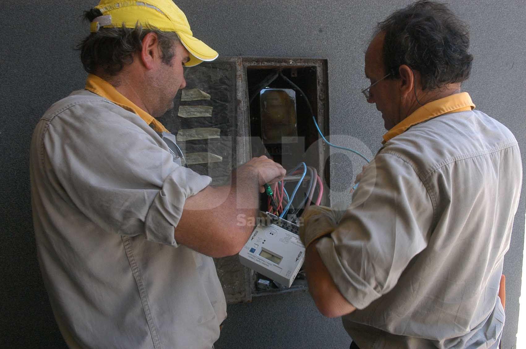 Control. Los vecinos denuncian que la empresa no realiza los controles en el barrio Centenario / Foto: Juan Manuel Baialardo - Uno Santa Fe