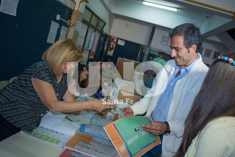 """Cachi Martínez : """"Somos el único espacio opositor que permitirá a que su fórmula la elijan los santafesinos"""""""