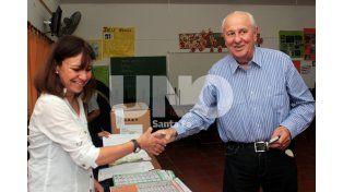 Héctor Cavallero votó en Rosario